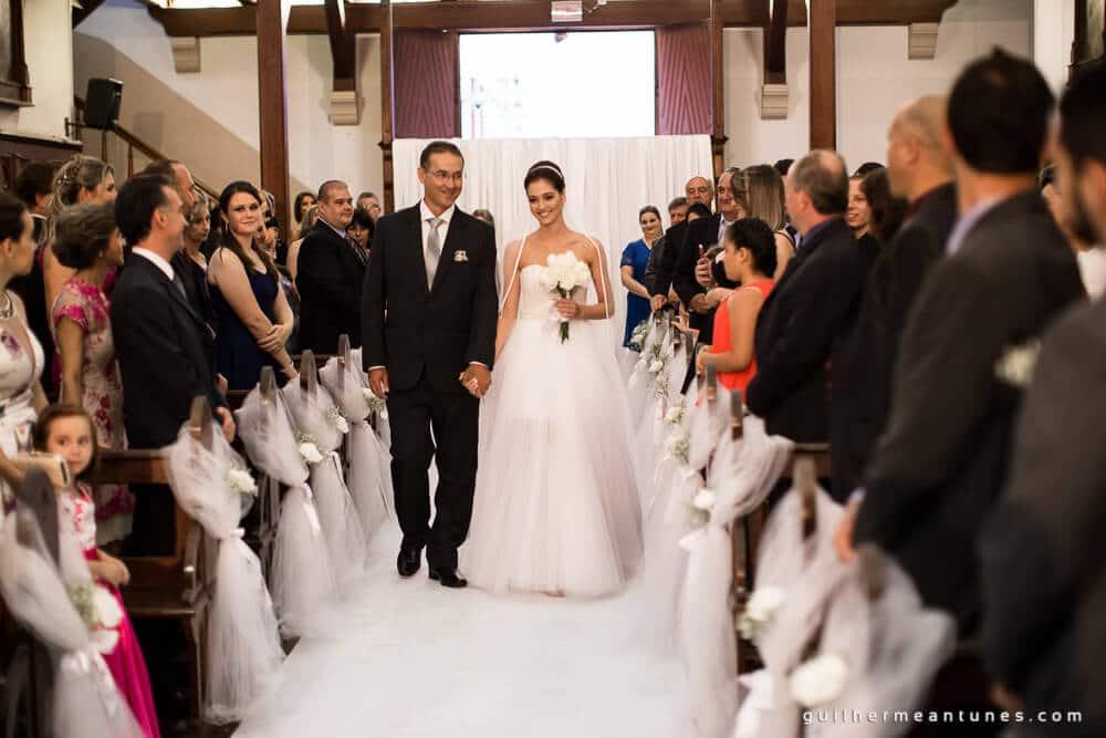 Fernanda e Charles: Fotografia de casamento em Lages (A entrada da noiva)