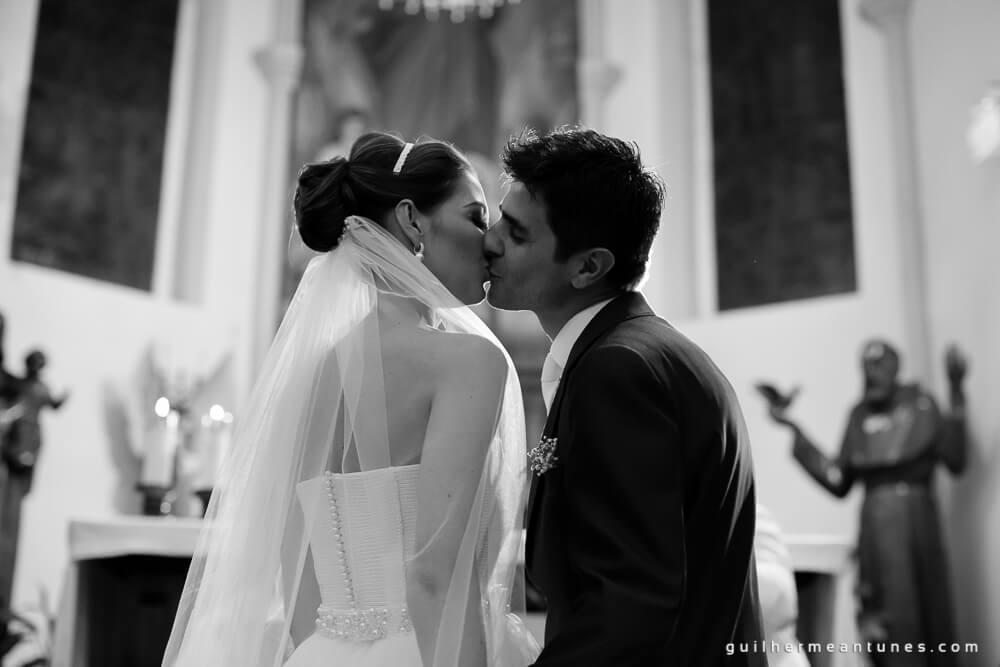 Fernanda e Charles: Fotografia de casamento em Lages (Pode beijar a noiva)