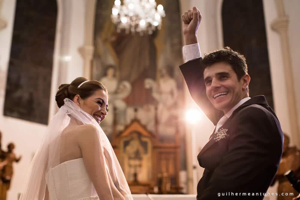 Fernanda e Charles: Fotografia de casamento em Lages (Igreja)