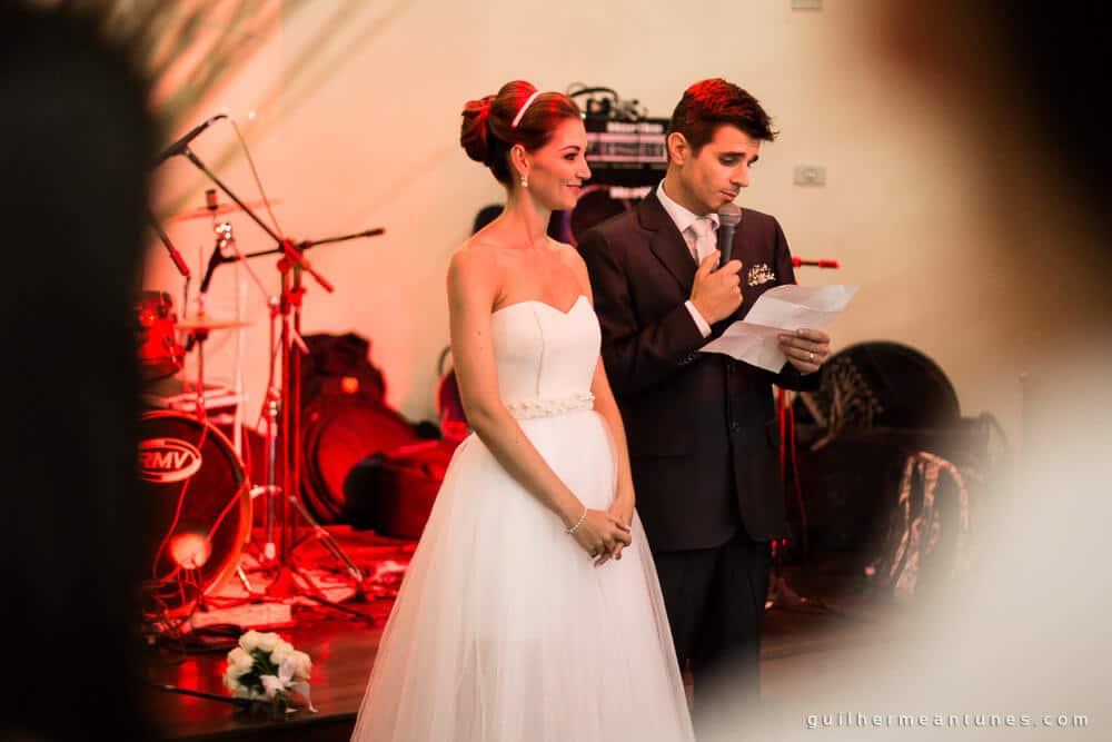 Fernanda e Charles: Fotografia de casamento em Lages (A festa e as palavras)