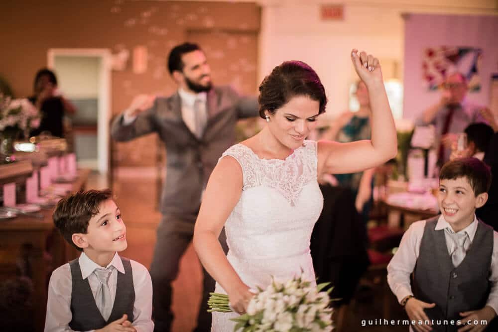 fotografia de casamento entrada dos noivos