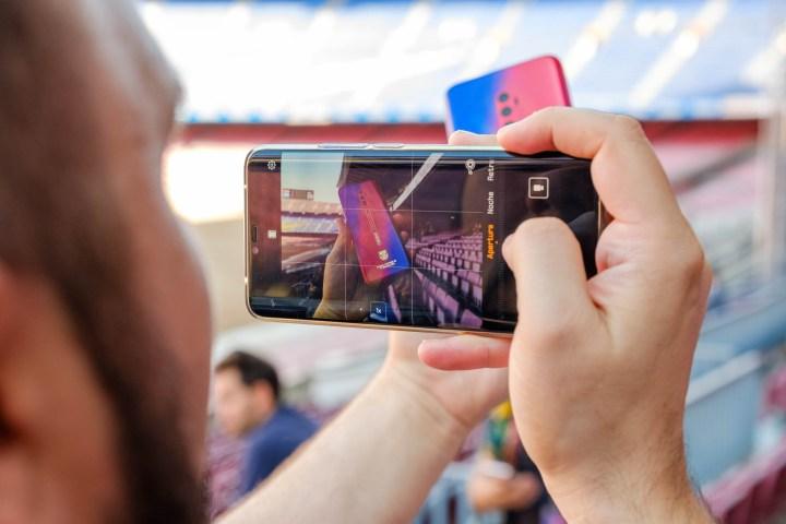 Esdeveniment de la renovació d'acord entre Oppo i el Futbol Club Barcelona