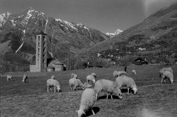 Negativo b/n (16b) Número: E-13062  Año: 1961 Taüll (Lleida), Vall de Boí. © Fundació Institut Amatller d'Art Hispànic. Arxiu Mas