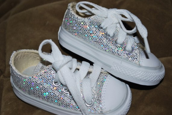 Tennis shoes with sparkles... how cool are they?