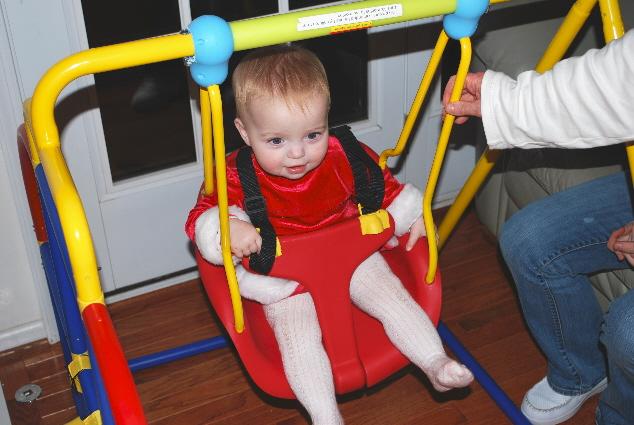Weeeeeeee.... a swing!