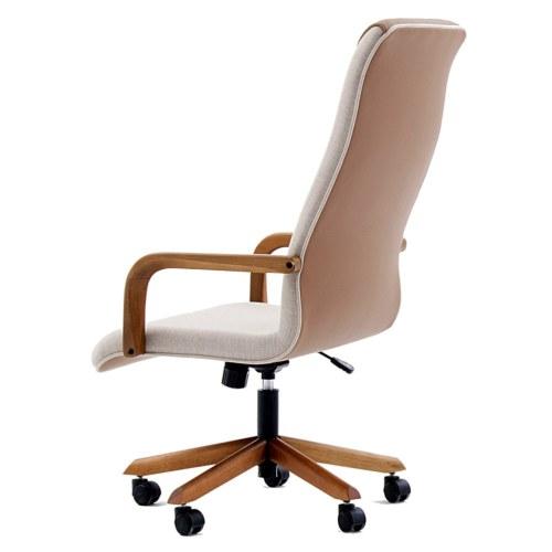 cadeira Boss em couro sintético