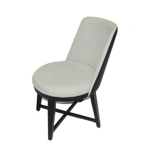 Cadeira Laquila Giratória