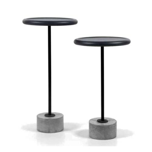 mesa lateral Concreta com tampo laqueado