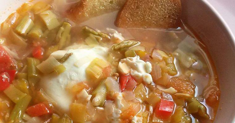 Sopa Cortijera. [Una sopa muy nutritiva]