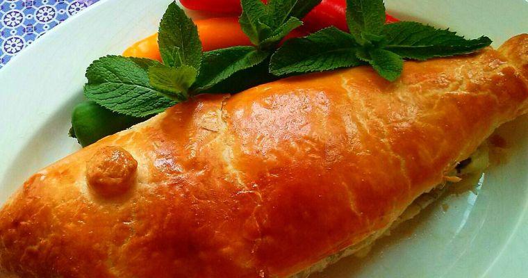 Lubina rellena en hojaldre, con espinacas y manzana