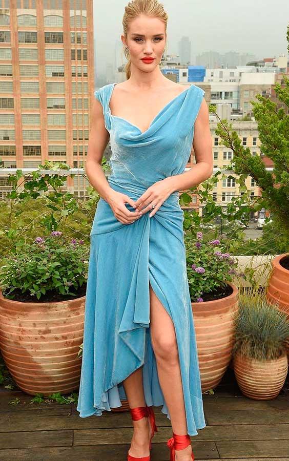 vestido drapeado de veludo