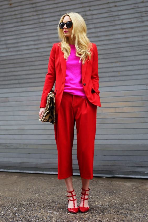 terninho vermelho com blusa rosa