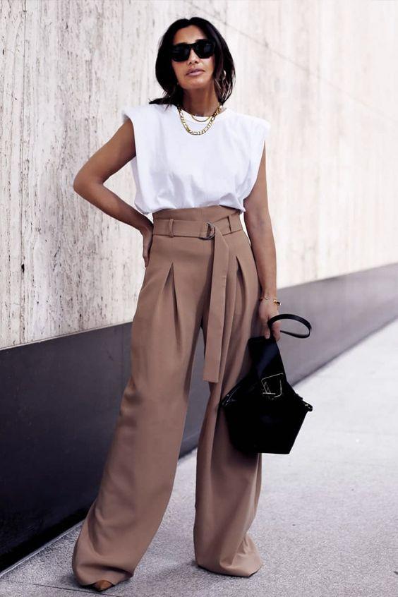 calça de alfaiataria wide leg, blusa branca