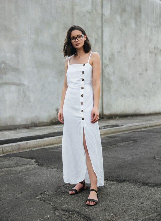 vestido com botões branco longo