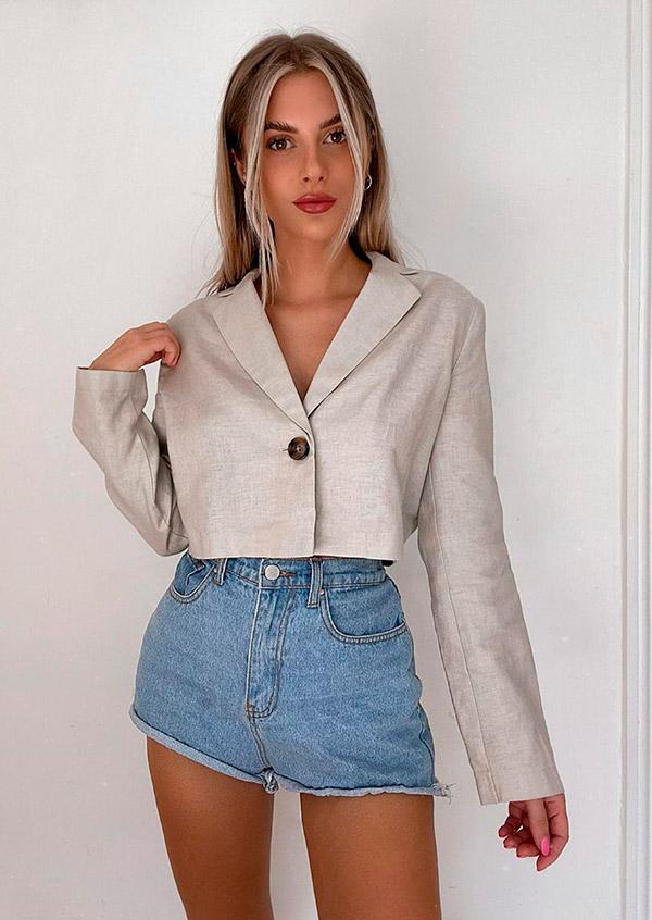 alfaiataria com short jeans