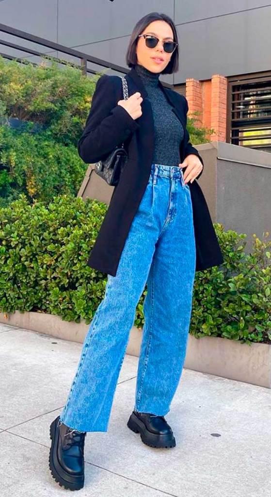wide leg, calça baggy, blusa e blazer preto