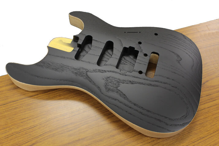 saito-guitars-body2