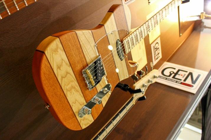 YOSEGIギター2