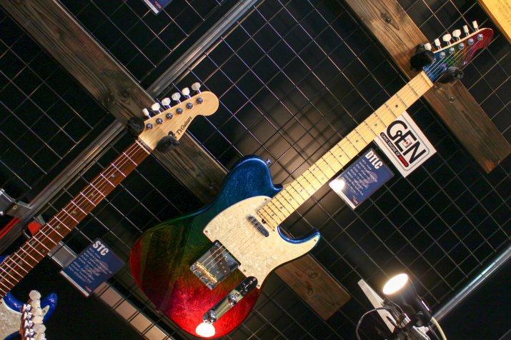 T's GUITARSギター4