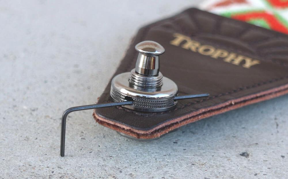 Schaller S-Locks:6角レンチで増し絞め