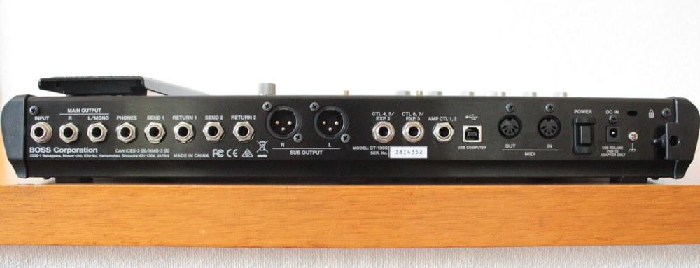 GT-1000:リアパネル