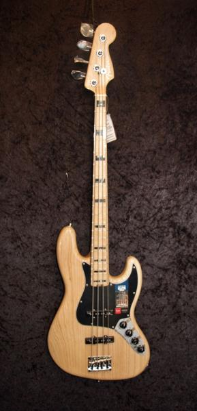E-Bass im American Guitar Shop 4