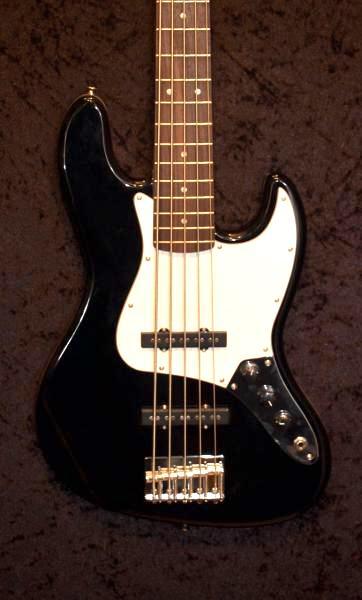 E-Bass im American Guitar Shop 2