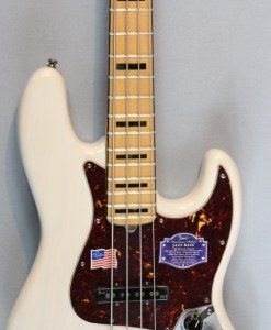 Fender DLX Jazz Bass