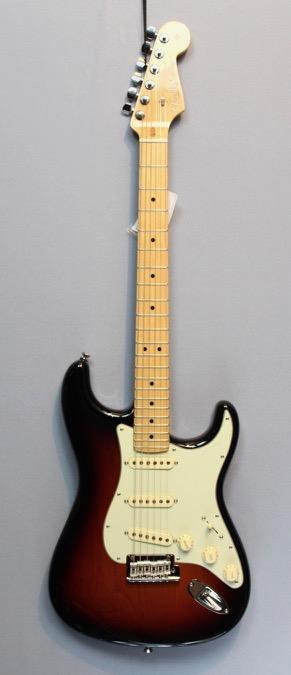 Fender American Professional Series Strat MN 3TS