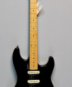 Godin Progression black