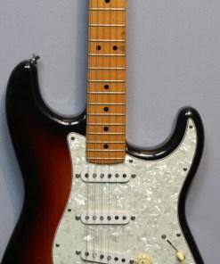 Fender Stratocaster EE Serie