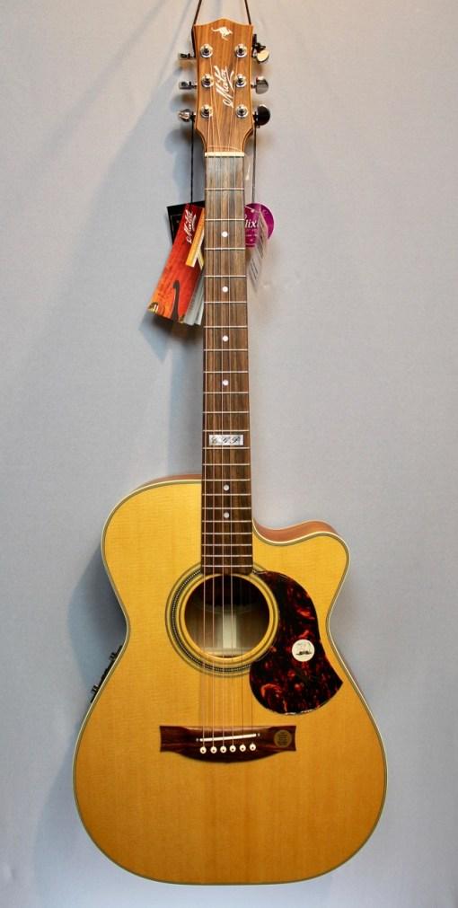 Maton EBG808TEC Gitarre Berlin 13