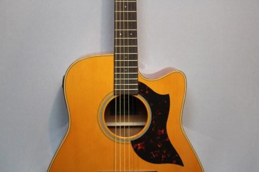 Yamaha A1MII Westerngitarre