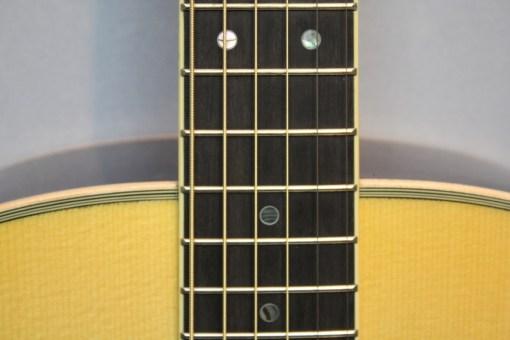 Yamaha LL16 A.R.E. NT Westerngitarre2
