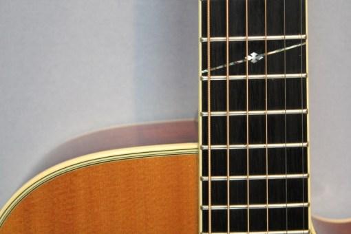 Alvarez FYM95C Aura Cutaway OM Folk Gitarre 3