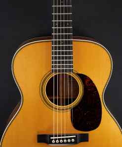 Martin Guitars 000-28 EC