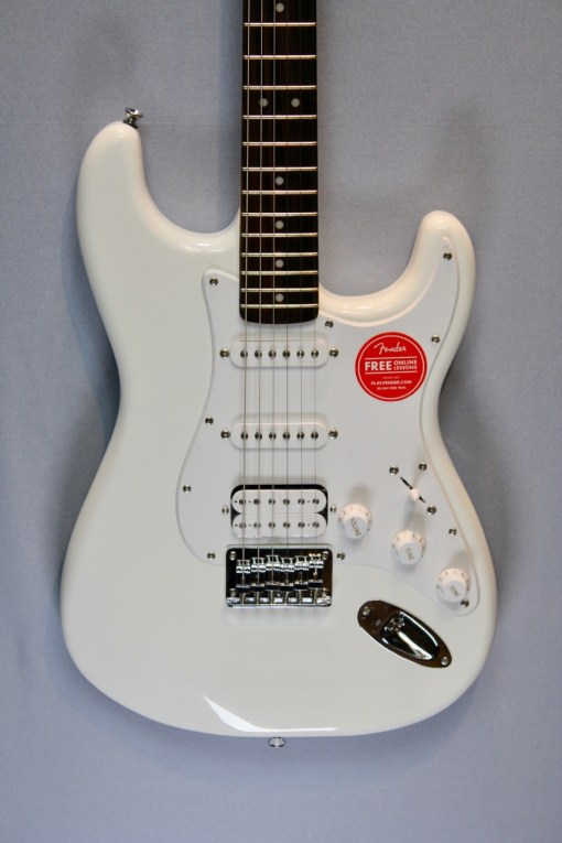 Fender Squier Bullet Strat HT HSS AWT 2
