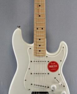 Fender Squier FSR Mini Strat Weiß