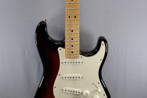 Fender PLAYER STRATOCASTER® MN 3TS 3