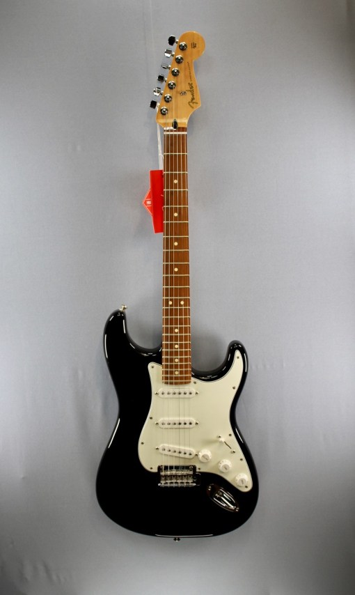 Fender PLAYER STRATOCASTER® PF BLK 2