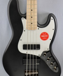 Fender SQ Con­tem­porary Act. J-Bass 4
