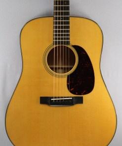 Martin D-18 Westerngitarre 5