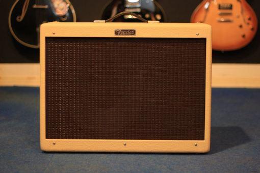 Fender LTD HR Deluxe IV Blonde