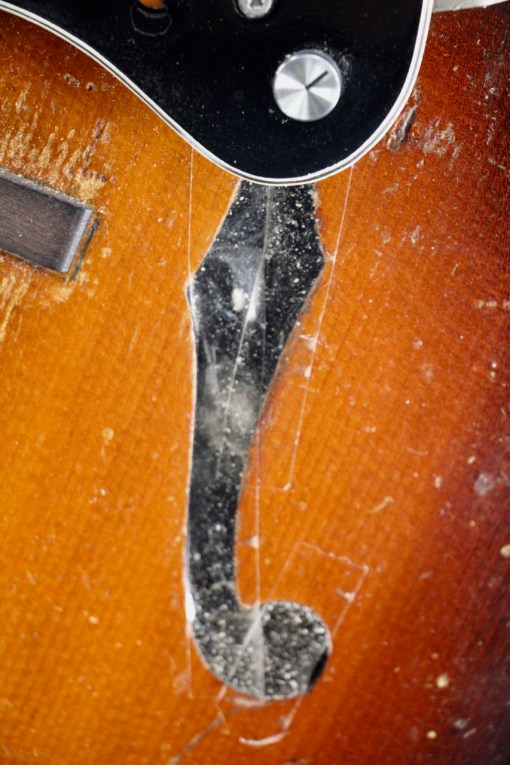 Gibson Schallloch