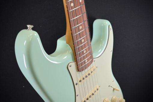 Fender Vintera 60s Strat SG