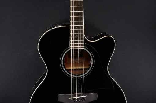 Yamaha CPX 600 black