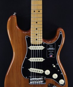 Fender AM Pro II Strat MN Roasted Pine