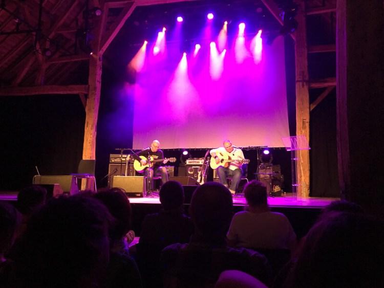 Sans luthiers pas de guitares - Jacques Stotzem & David van Lochem