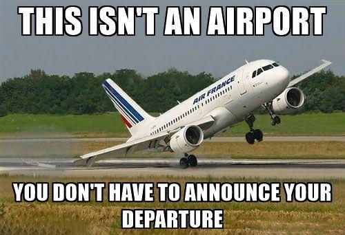 C'est pas un aéroport ici, pas besoin d'annoncer ton départ d'un groupe Facebook …