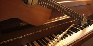 will playing piano improve guitar skills